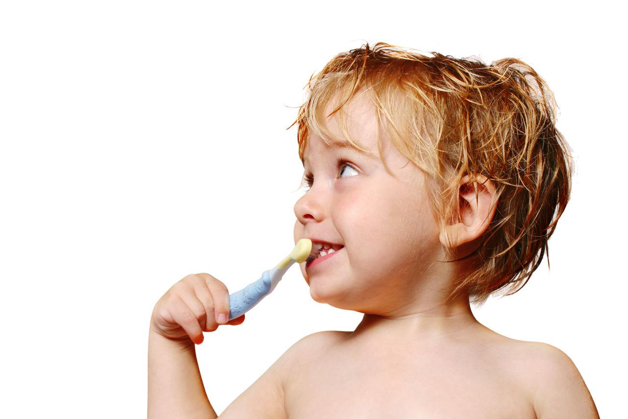 неприятный запах изо рта после чистки зубов